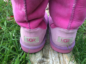 Size 2 Uggs