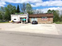 Commercial/retail space for lease in Lakefield