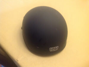 XL Outlaw motorcycle helmet with visor