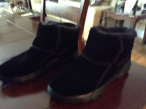 Women's fur lined sketchers boots