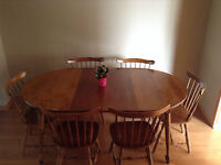 "70""Oval Maple Hardwood Dining Set"