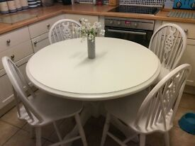 REDUCED!!Stunning table and four chairs. Shabby Chic. NOT DISTRESSED