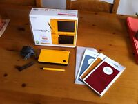 2 Nintendo ds' (dsi xl and ds lite) with 12 games, box, bag and accessories.
