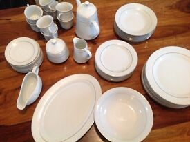 DINNER SET - 48 Pieces - 8 Place Setting **BARGAIN...Less than £2 a piece****