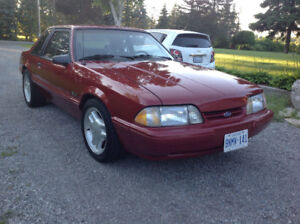 Ford Mustang LX 5.0 L V8 1991
