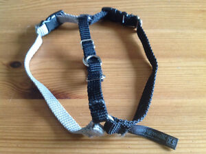 EASY WALK DOG HARNESS- X SMALL (3-8 lbs)