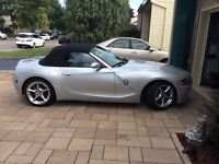 2004 BMW Z4 Cuir rouge italien Cabriolet