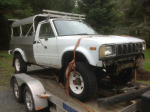 1983 Toyota 4x4 parts truck