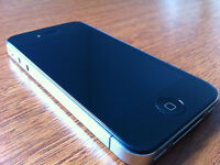 Apple iPhone 4 16gb Fido *Mint Condiiton* With Case & Charger