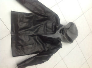 Great condition youth leather jacket for only $25!!!!!