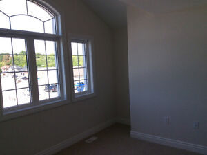 Room Available for rent (3min drive to Trent) Peterborough Peterborough Area image 7