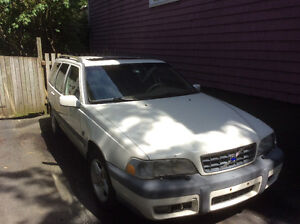1999 Volvo XC70 Wagon -- Parts cars