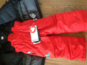 Etirel kids snow pants new with tags size 3T