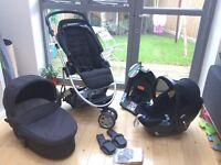 Mamas & Papas Zoom Trio travel system with isofix car base