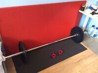 20 Kg BodyMax Olympic Barbell with 2x 5Kg Plates & LockJaw Collars