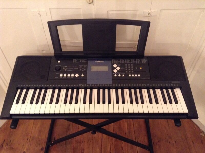 Yamaha psr e333 keyboard ypt 330 excellent condition for Yamaha psr stand