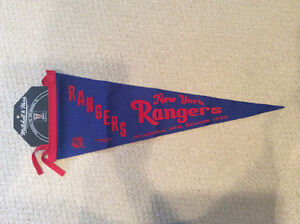 Mitchell & Ness Pennants: New York Rangers, Toronto St. Pats