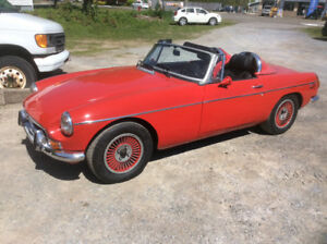 1972 MGB Roadster customized GM 2.8, v6,3speed Auto trade