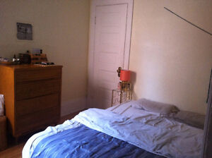 Dreamy apartment with rooms to sublet in Mile End (June & July)