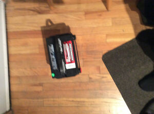 12 volt car battery approx 6 months old nationwide 78-700