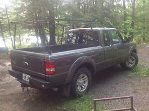 Ford Ranger 4X4 Sport Pickup Truck