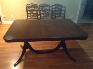 Pedestal dining table 6 chairs