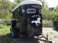HORSE TRAILER FOR RENT