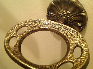 Vintage Pretty Brass wall mounted floral Toothbrush holder