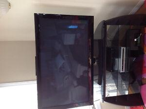 Télévision  Samsung 50 pouces et meuble