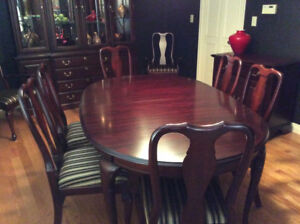 Solid Cherry Dining Suite