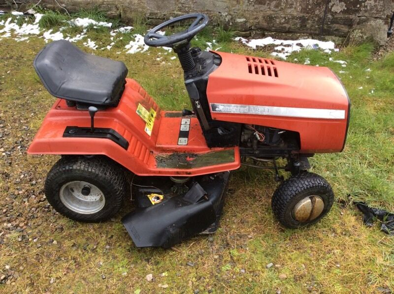Ride On Mower Jonsered Lr11 In Coupar Angus Perth And