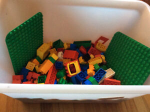 Lot de blocs de construction blocks LEGO DUPLO