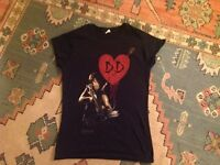 New! Daryl Dixon T-shirt. The Walking Dead. Size 8. Only worn once!