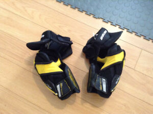 Bauer Total One NXG Elbow Pad