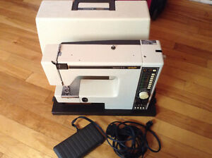 "Sewing machine a coudre ""White"" avec electronique"