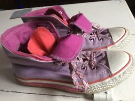 Converse £5 High Tops Size 5/6