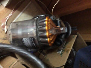 Dyson DC23 almost new!