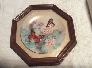 "Assiette "" Monarch Butterflies"
