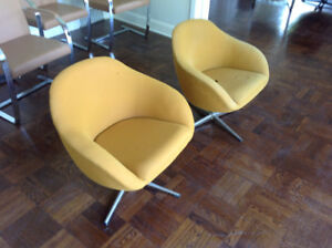 two mid-century vintage 70s chairs in original state