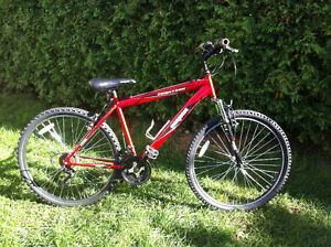 """""""Mongoose"""" Frontier"""" Bike / Velo / Bicyclette / Bicycle"""