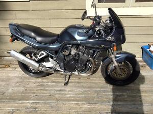 Still time to get on this Suzuki Bandit 1200 this year