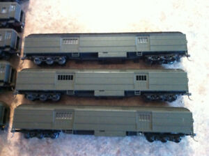 ATHERN HO STANDARD STEEL PASSENGER CARS UNDECORATED GREEN