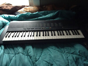 BRAND NEW, NEVER USED YAMAHA KEYBOARD Belleville Belleville Area image 1