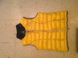 Women's Northface yellow vest (size L)