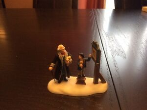 Dept 56 - New England Village - Hear Ye Citizens - REDUCED