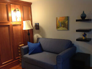 WALK TO PARLIAMENT, FURNISHED,EQUIPPED, ALL INCLUDED Museum area