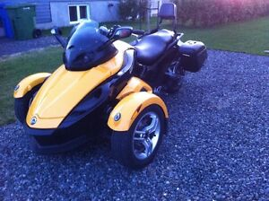 Spyder Can Am 2008 comme neuf