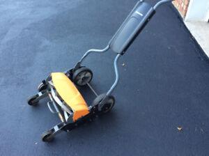 Fiskars Reel Mower - Perfect condition