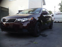 2011 KIA FORTE LOADED 110K FULLY MAKE OFFER WANT SOLD