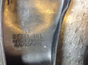 Wilkuro Steel Toe Slip-on PVC Safety Shoes - NEW Cambridge Kitchener Area image 4